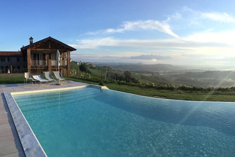 La piscina.